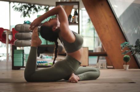 Cum să te menții în formă acasă: 10 trucuri care îți vor face misiunea mai ușoară