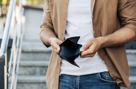 Ce să faci dacă nu îți ajung banii până îți încasezi următorul salariu?