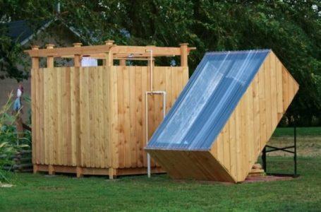 Cum amenajezi o cabină de duș in aer liber?