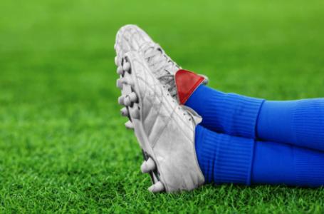 Cele mai bune ghete de fotbal în funcție de suprafața pe care se joacă